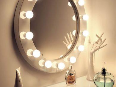 Illuminated Mirrors Wall Mounted High Gloss White